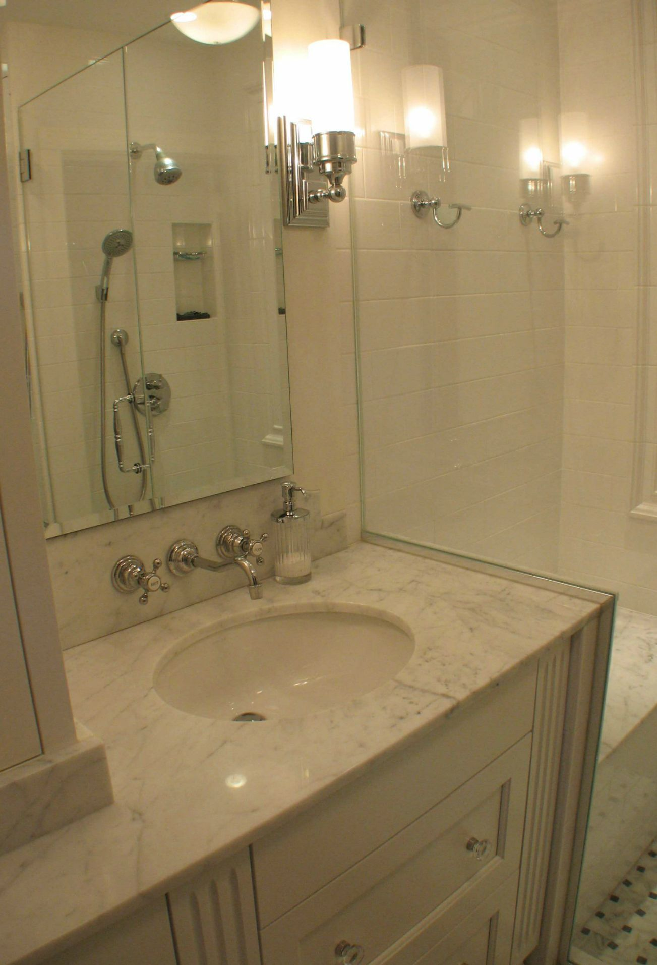 Bathroom remodeling philadelphia main line pa for Main bathroom remodel ideas